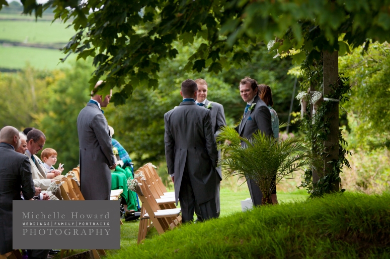 outdoor wedding, countryside, green, natural, candid shots, informal, cornwall, treveanna barns, michelle howard wedding photography