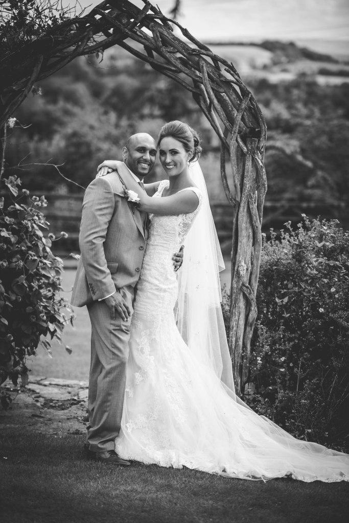 west midlands wedding photographer, english countryside, dodford, bromsgrove, Worcester, wedding, bride, groom, dress, black and white, vintage, vogue bride