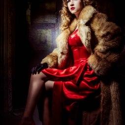 vintage, beauty, vintage fashion, retro, portraits, west midlands, photographer, viven hollaway, collectif clothing, repro, portrait couture