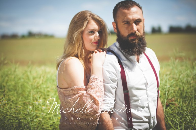 fashion, vintage, beard, girl, boy, poppy field, location, green, braces, fashion inspiration,
